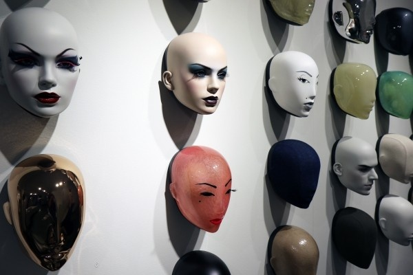 hans-boodt-mannequin-faces-mask-dummy-head-female.jpg